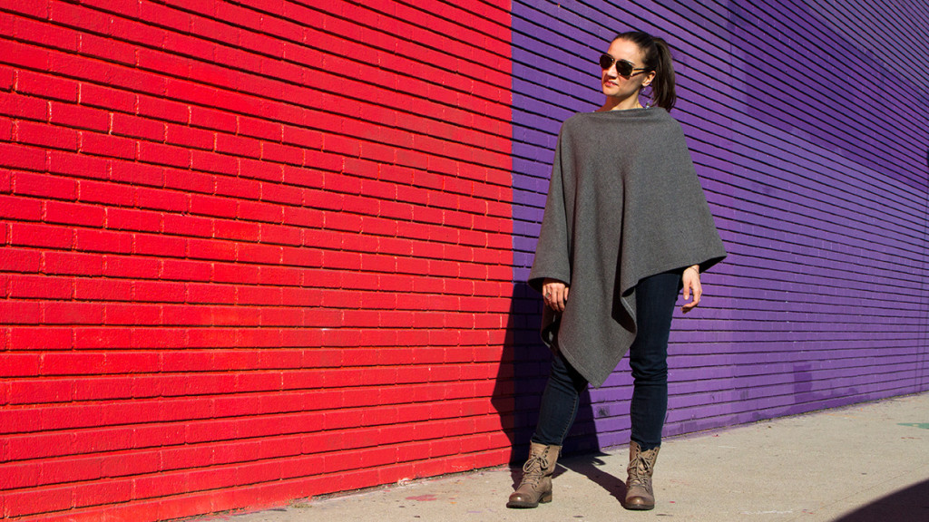 A DIY poncho in gray cashmere.